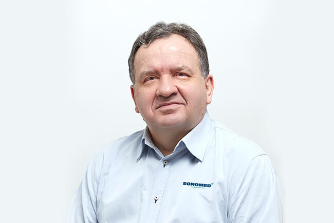 Dr Marek Majewski